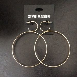 New Unique Steve Madden Gold double Hoops